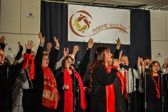 concerto-solidarietà-gospel-insiemesipuofare (15)